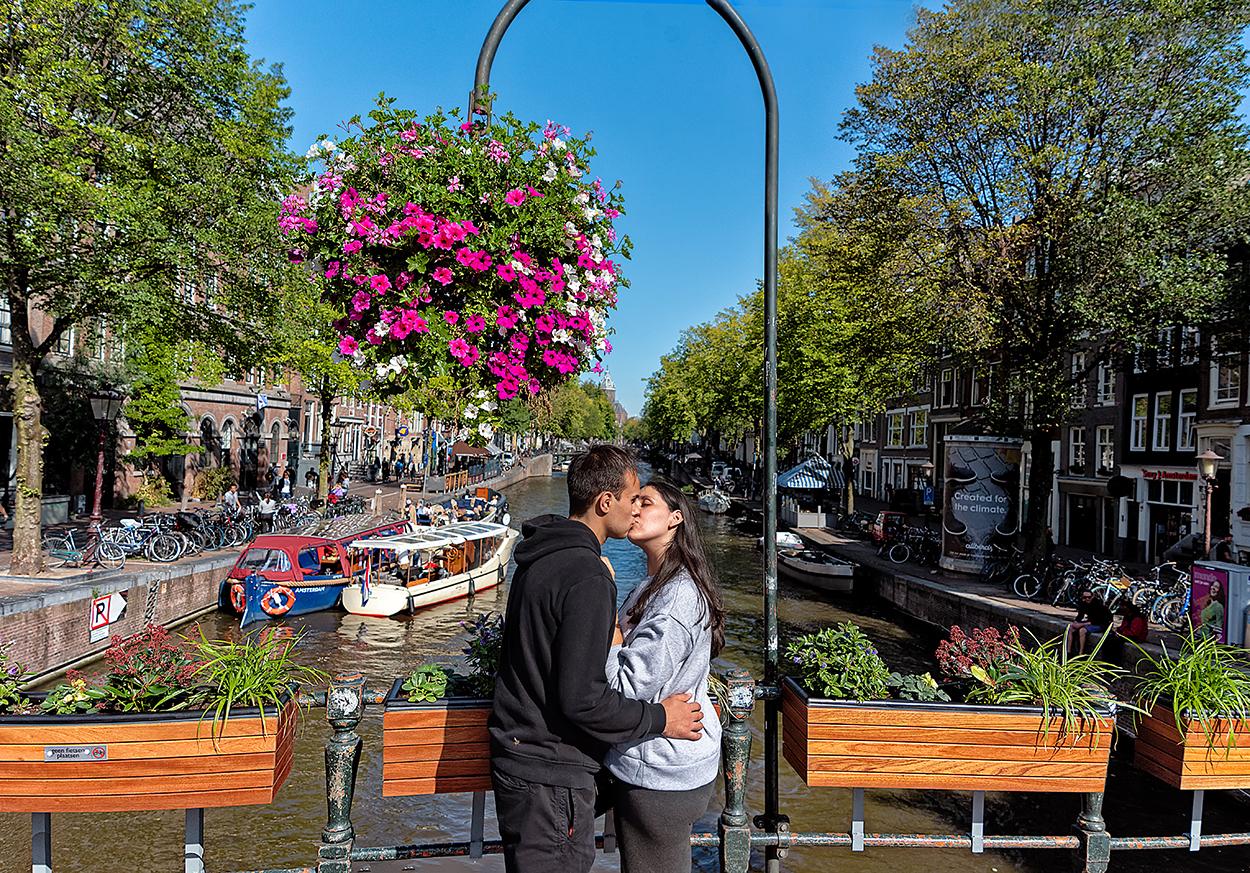 pareja-amsterdam-flores